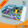 Equipamento atrativo do parque que investe o campo de jogos interno (XJ5019)