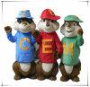 Formato felice dell'adulto del costume della mascotte dei Chipmunks della famiglia dei Chipmunks