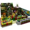 Cour de jeu d'intérieur de thème commercial de jungle