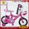 16  bicicletas vermelhas cor-de-rosa do miúdo com parte traseira e cesta da parte traseira