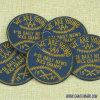 Fabrik-kundenspezifisches Kreisform-blaues Hintergrund-Stickerei-Abzeichen 246