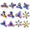 A inquietação colorida de venda quente do arco-íris do brinquedo alivia o girador do dedo do esforço