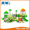 Scivolamento esterno del campo da giuoco dei bambini del parco di divertimenti