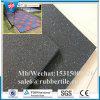 Le mattonelle di pavimento di gomma di ginnastica En1177, campo da giuoco mettono in mostra la pavimentazione