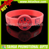 Custom por atacado Red Silicone Bracelet com Embossed Print (TH-band042)