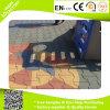 Suelo de goma de goma al aire libre de la dimensión de una variable del hueso de perro de la pavimentadora de goma