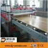 Chaîne de production large d'extrusion de panneau de panneau de porte de PVC