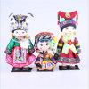 Les poupées faites sur commande folkloriques de broderie pour la décoration à la maison ouvre les décorations chinoises de maison de poupée de minorité