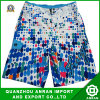 Shorts della spiaggia degli uomini del fiore per usura di estate