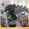 Piccola scultura di pietra del cavallo intagliata mano