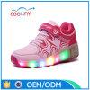 OEM 2017 d'usine badine les chaussures de clignotement de patin de rouleau des espadrilles DEL de lumière