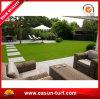 庭の景色のための連結の人工的な草のタイル