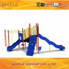 Kind-Spielplatz-Plättchen mit PET Bergsteiger