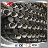 El buen precio galvanizó los tubos de acero roscados con los casquillos del acoplador y del plástico