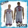 La plaine bon marché conçoivent la vente en gros en fonction du client d'uniforme de basket-ball d'impression de couleur