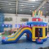 子供の演劇または誕生会の警備員の膨脹可能な城のための跳ね上がりの家のジャンパー