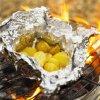 papel de aluminio del hogar de la categoría alimenticia de 8011-O 0.008m m para las patatas de la asación