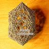 Esfera magnética com revestimento do ouro