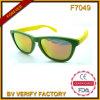 Fábrica dos óculos de sol de China dos óculos de sol da alta qualidade (F7049)