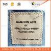 Etiqueta tecida etiqueta tecida barata da garganta de pano para o produto do vestuário
