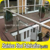 Balcón de interior del acero inoxidable que cerca la barandilla del vidrio con barandilla Tempered
