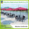 Acero del patio de la playa con el paraguas al aire libre del patio del balcón del vector