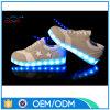 LEDの人の靴を満たす中国OEM USB