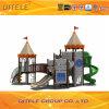 城の家の子供の運動場装置