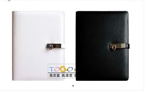 Leather Notebook with Magnetic Hook pictures & photos