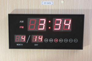 Digital Type and Glass Material LED Table Clock (ZT-039A) pictures & photos