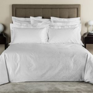 100% Cotton Plain White 5 Star Hotel Bed Sheet (DPF060914) pictures & photos