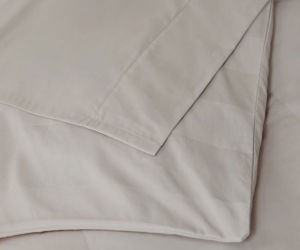 80% Cotton 20% Polyester Satin Shiny Fitted Sheet (DPFB8054) pictures & photos