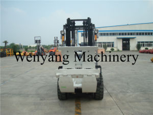 China Wenyang Machinery 3ton Forklift with Paper Roll Clamp pictures & photos