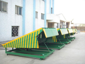 15t Container Car Loading Lifting Table Ramp pictures & photos