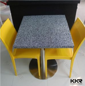 China Quartz Stone Top Dining Table for Restaurant pictures & photos