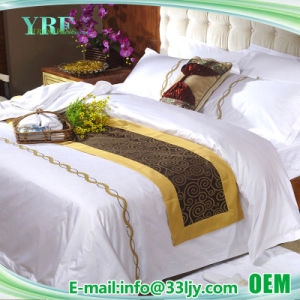 Cotton Plain Hotel Custom Embroidered Comforter Set pictures & photos