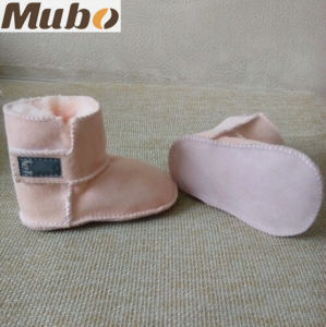 Magic Tape Design Sheepskin Baby Toddler Shoes in Pink pictures & photos