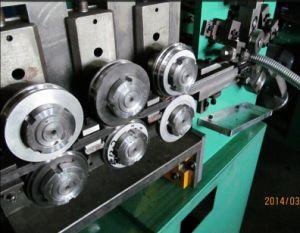 Double Locked Flexible Metal Conduit Machine pictures & photos