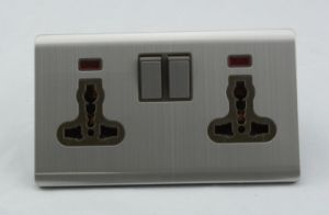 Wenzhou Supplier High Quality Double 13A Mf Wall Switched Socket pictures & photos