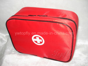 Family First Aid Bag and Pharm Bag Made of Nylon pictures & photos
