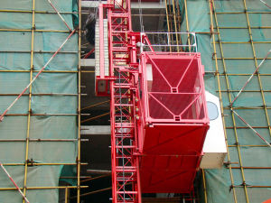 China Construction Building Manufacturer Double Cages Building Hoist pictures & photos