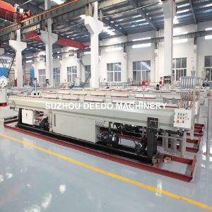 High Speed PPR PP PE Plastic Plastic Pipe Extrusion Extruder Machine Production Line pictures & photos