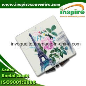 Customized Zinc Alloy Round Pocket Mirror for Paris Souvenir pictures & photos