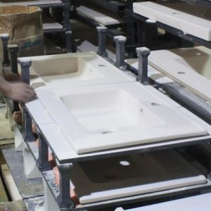 Ce Approved Sanitary Ware Cabinet Basin Ceramic Slim Wash Basin Featheredge Basin (LINDA-90) pictures & photos