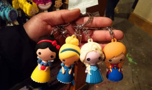 High Quality Resin Key Chain Cartoon Style pictures & photos