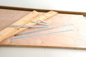 "High Quality Measuring Tools 1000mm (40"") Aluminum Ruler pictures & photos"
