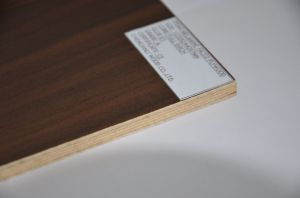 Wood-Grain Laminated Fancy Plywood for Decoration with High Quality and Low Price pictures & photos