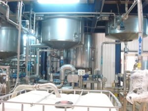 Professional Design Easy Operation Liquid Washing Production Line Plant pictures & photos