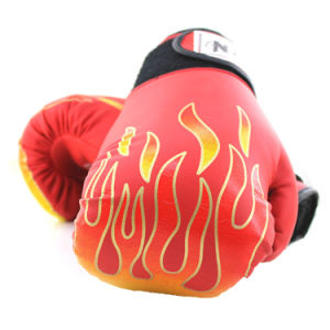 New Design Hot Sale PU Boxing Gloves Professional Custom Logo Boxing Gloves pictures & photos