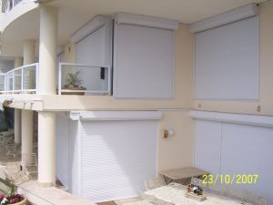 Good Quality and Nice Design Roller Shutter pictures & photos
